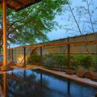 全室露天風呂付き。温泉と日光観光を楽しめるカジュアルホテル