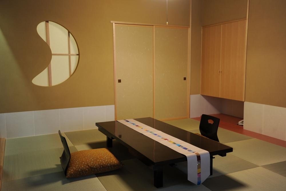 せっかく宿泊するなら1日1組限定の離れ特別室「ほまち庵」へ
