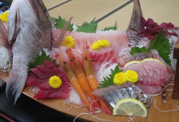 これぞ新鮮な魚介。刺身も煮付けも汁物も圧倒的な美味しさ