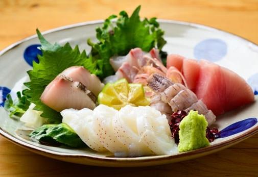 魚料理と日本酒をこころゆくまで味わえる「いと。をかし」