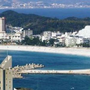 日本三大古湯、白浜温泉を堪能できる和歌山県「小さな宿 白南風」