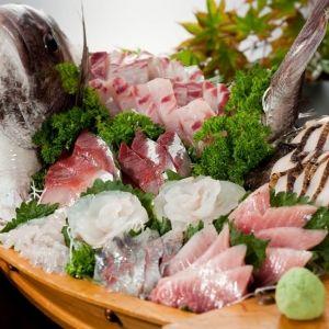 佐渡ヶ島で美食と美景に浸る旅。「敷島荘」で至極の海鮮料理を味わうその0