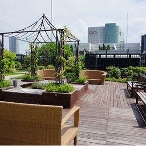 これからのピクニックは屋上で!?都内の屋上庭園5選