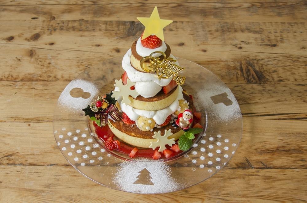 あわてんぼうのサンタクロースがパンケーキを彩ります