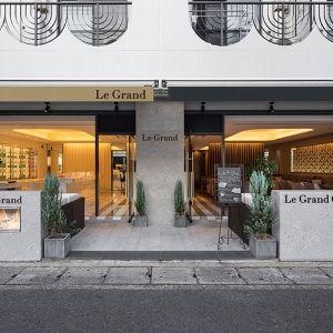 世界の逸品コスメと大人のカフェ。京都北山にリニューアルオープン