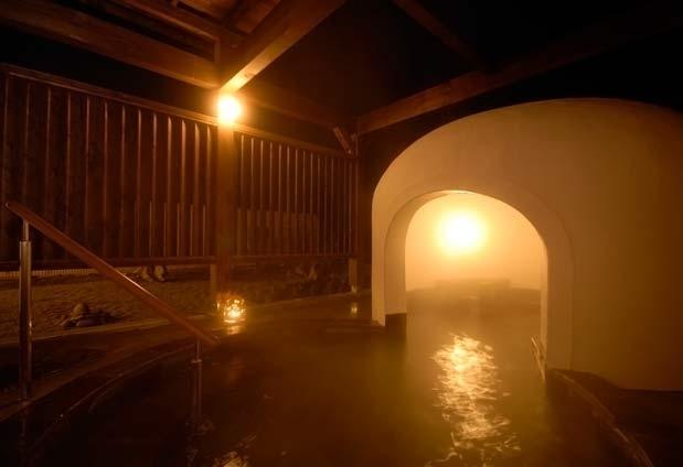 かまくら風の露天風呂