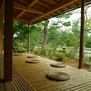 天橋立を望む眺望と石釜料理。京都の宿「文珠荘」で心も体も満ちる旅へ