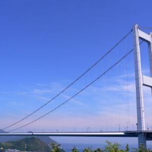 本州と四国をつなぐ大橋!約60kmの「しまなみ海道」で夏の爽やか旅