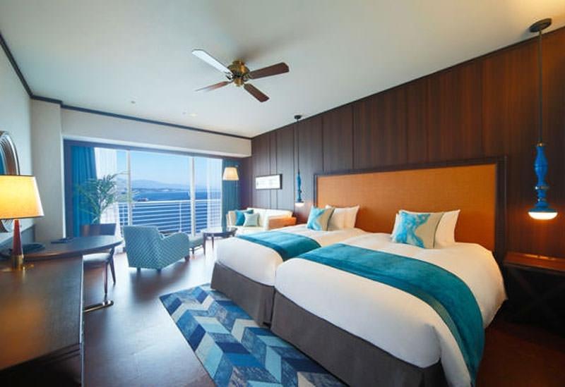 琵琶湖を目の前に望む「琵琶湖ホテル」