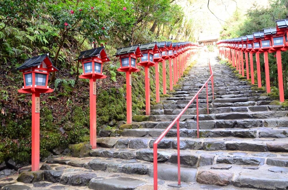 春の若菜から季節のエネルギーをいただく 京都・貴船神社の若菜神事の「若菜粥」