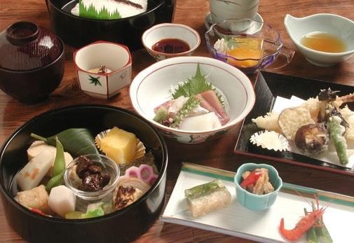 「京料理 萬長」で本物の味を堪能