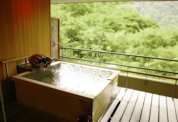 全室露天風呂付きの「箱根 吟遊」で、プライベート空間を満喫しよう