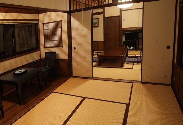 「湯布院 旅館 冨季の舎」の魅力とは①創業時の趣を残した客室