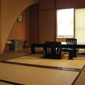 旅館使いも、別荘使いも可能。贅沢が叶う湯布院の宿「冨季の舎」