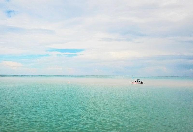 <動画つき>超絶キレイで絶句! 与論島の噂のビーチ・百合ヶ浜に上陸したよ【連載第50回】その4