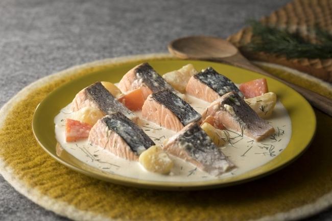日本人にも親近感のある味わい「ローストサーモンとジャガイモのスープ仕立て」