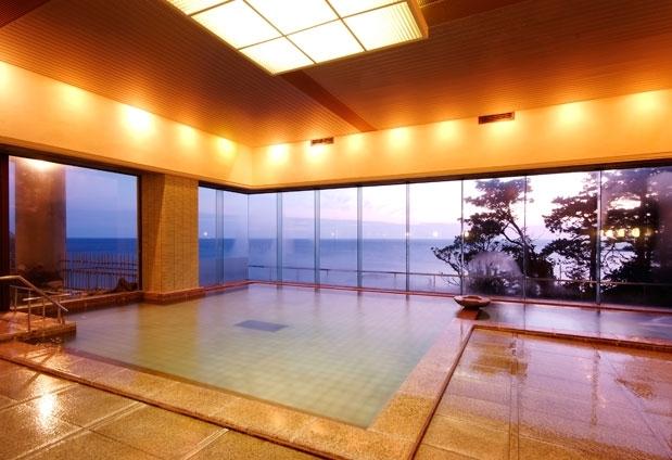 日和山温泉を堪能する