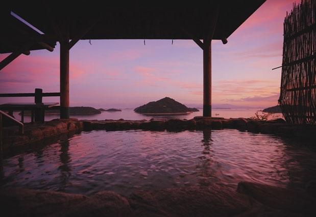 絶景とともに楽しむ温泉