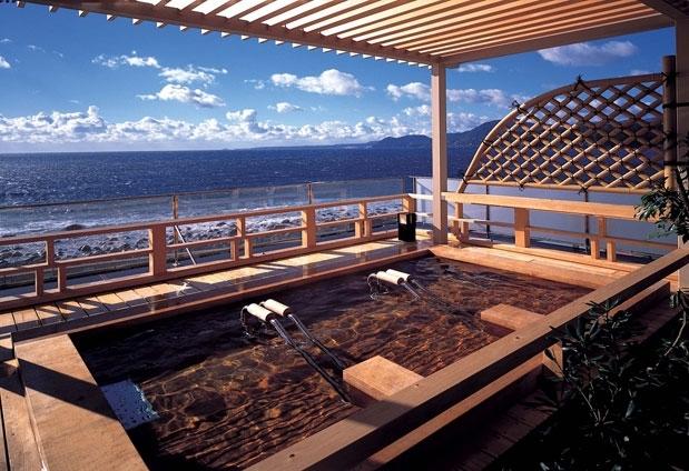 太平洋を眺めながら楽しめる大浴場