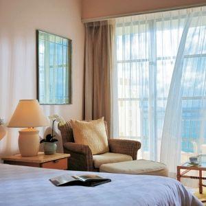 極上リゾートステイならやっぱり沖縄!アクテビティも楽しめる贅沢ホテル