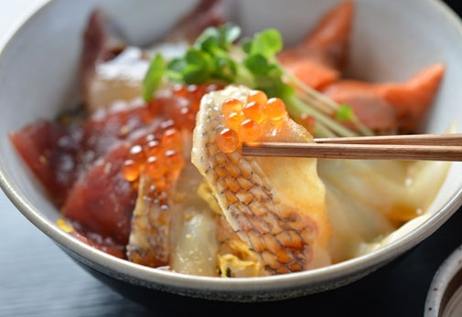 海鮮レストラン 会津屋八右衛門