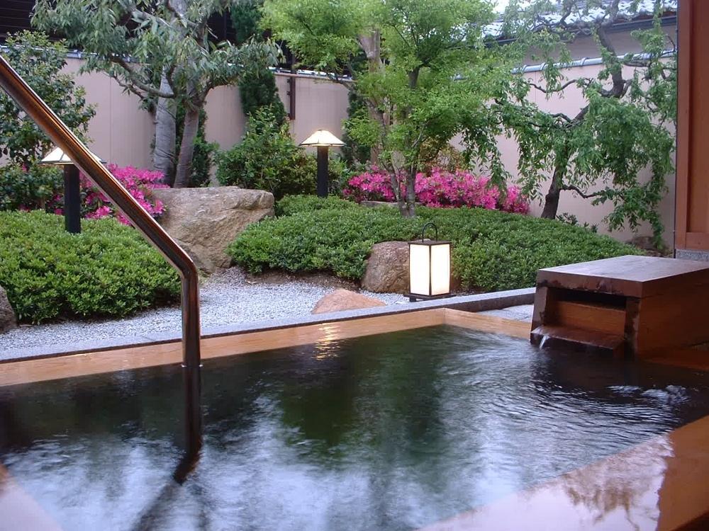 京都でおすすめの露天風呂付客室のある宿①海花亭 花御前