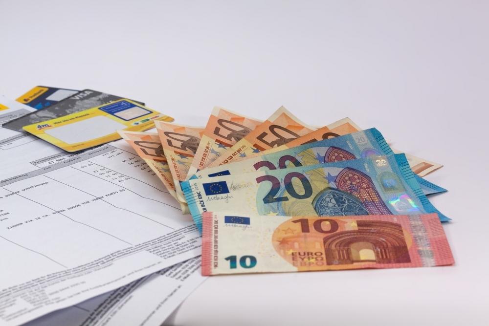 効果的に貯める!旅行貯金方法①毎月の貯金額を決めて先取り貯金