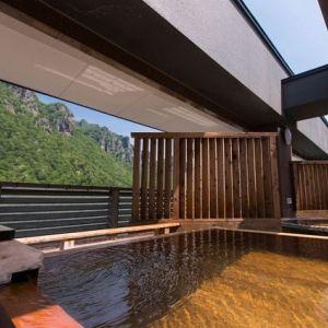 大自然とお風呂に癒される!リーズナブルに宿泊できるホテル「層雲峡 朝陽亭」