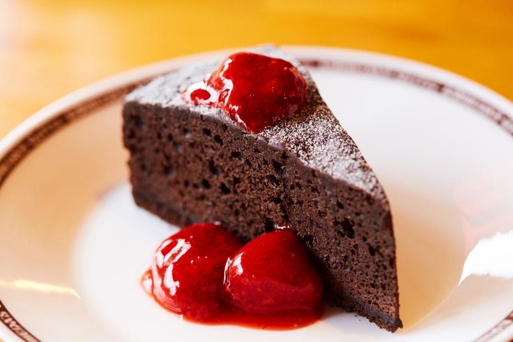 コメダの冬の新作ケーキ③チョコっとベリー