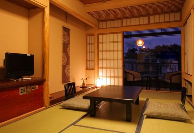 古都・奈良県の旅館「飛鳥荘」の魅力:部屋からの絶景