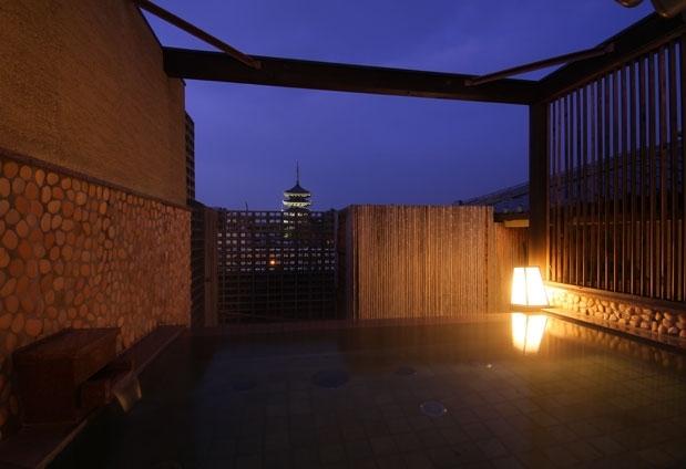 古都・奈良県の旅館「飛鳥荘」の魅力:疲れを癒してくれるお風呂
