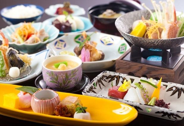古都・奈良県の旅館「飛鳥荘」の魅力:こだわりの料理