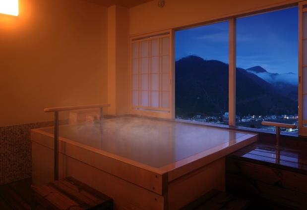 宮城県の鳴子温泉「源蔵の湯 鳴子観光ホテル」のおもてなし②3種類の展望貸切風呂