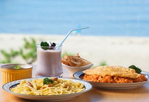地元の旬の味を満喫する「レストラン白帆」