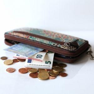簡単すぎる節約術!?「平日じわじわ貯金」で週末の旅行費を楽に貯める