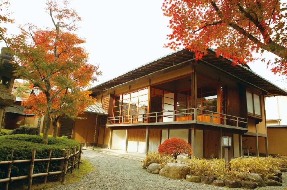 「星溪園」の日本庭園で心を癒す