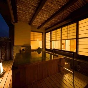 原鶴温泉を満喫。「六峰舘」で心の贅沢を味わう時間を過ごそう