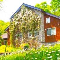 全6部屋のプライベート空間!福島県の「小さなホテル 四季の森山荘」