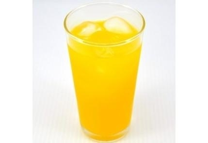 スッキリした甘さが特徴の「しらぬい(デコポン)果汁」