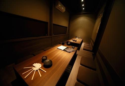 忘年会にぴったりなポイント③大小さまざまな個室を完備