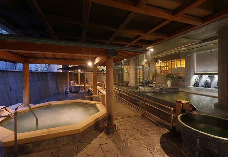 「潮騒の湯」を湯巡りで楽しめる大浴場