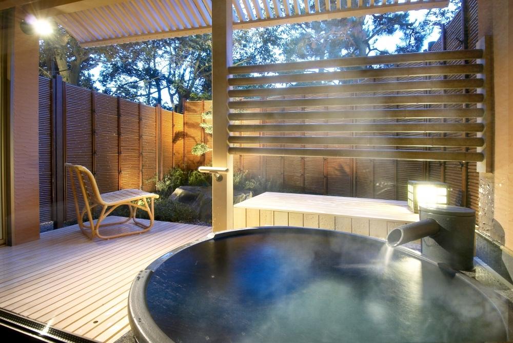 別邸「美悠」の露天風呂付特別室でほっこり