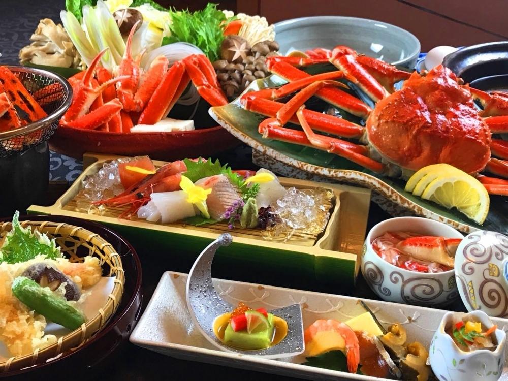 夕食では福井&北陸の逸品グルメに舌鼓