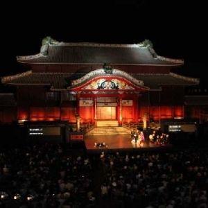 リゾートだけじゃない!沖縄の伝統に触れるお祭り4選