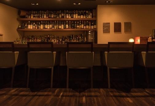 三島で酒と葉巻が楽しめるバー「ほかげ -穂影-」の魅力①どんなお店?