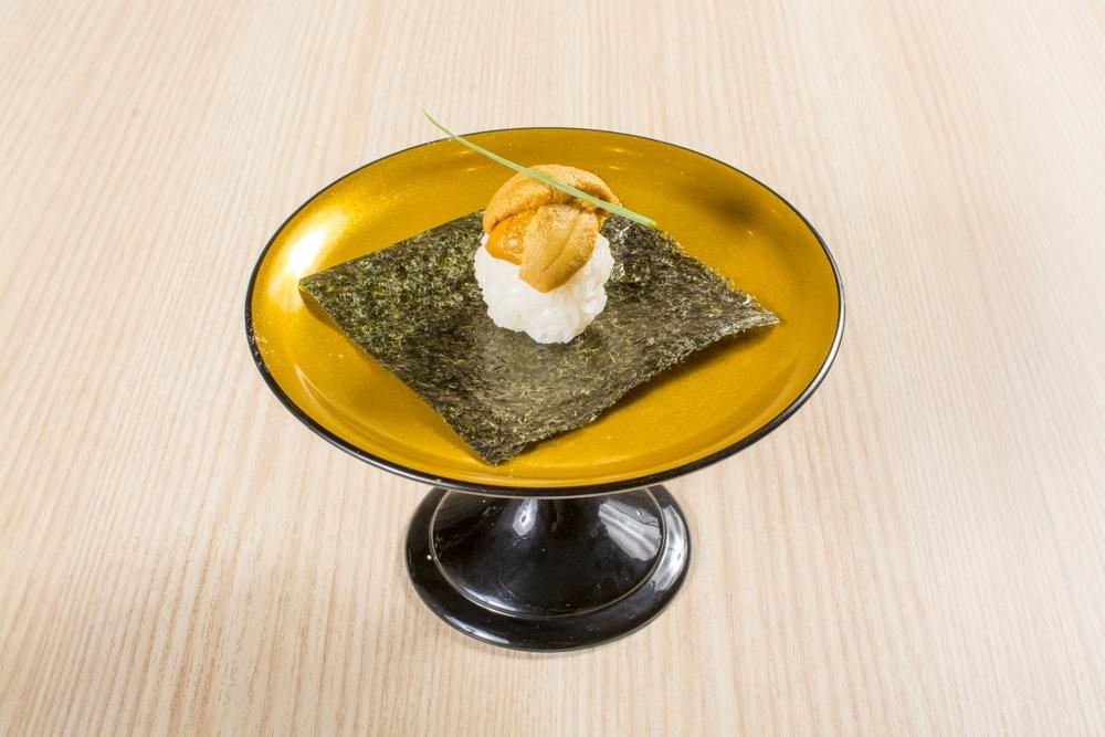 美しく繊細な一品料理が多彩。北海道産の旬の魚介を味わい尽くそう