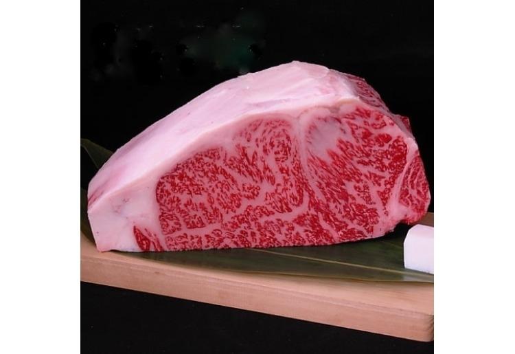 ■ステーキ/柔らかな肉質と肉汁を堪能「送料無料・オリーブ牛サーロインブロック肉」(香川)