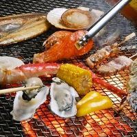 釧路漁港直送の鮮魚がよりどりみどり!地元民も通う炉端焼き店がアツい