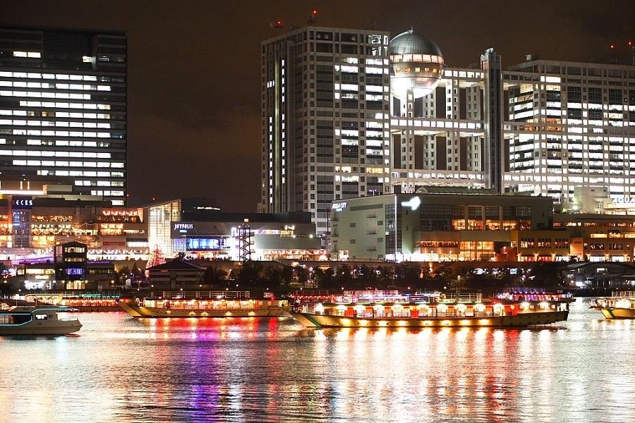 昼でも夜でも東京湾の景色にうっとり