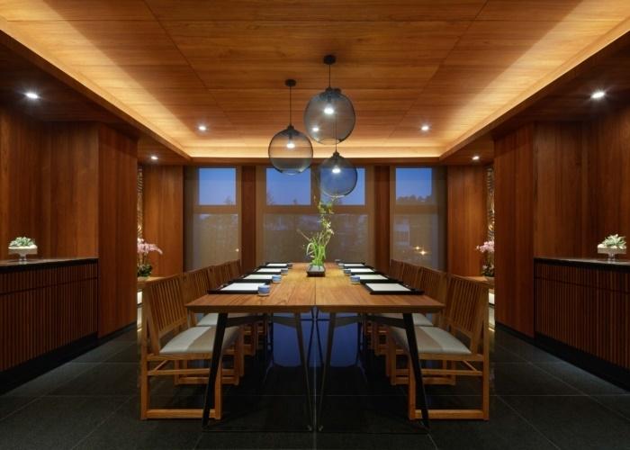 ソムリエが常駐! ジャパニーズ・レストランで日本酒を味わう。